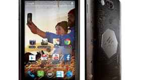 Quechua presenta un smartphone de 5 pulgadas todoterreno con una batería de 3500mAh