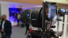 Toma de contacto y vídeo con los nuevos objetivos Sony QX1 y QX30