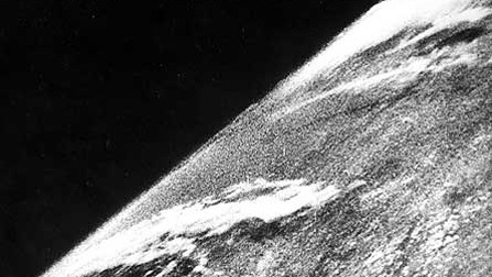 v2-imagen-tierra-espacio-02