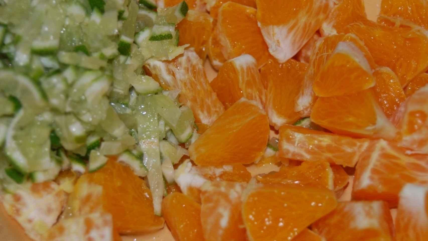 Naranja y lima cortadas