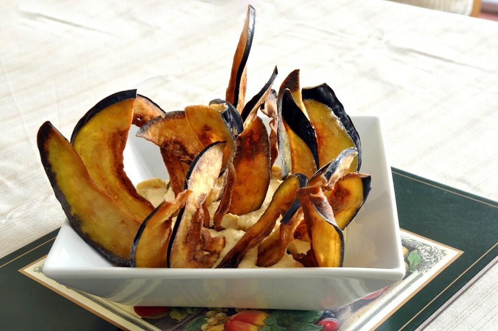 Berenjenas fritas con hummus