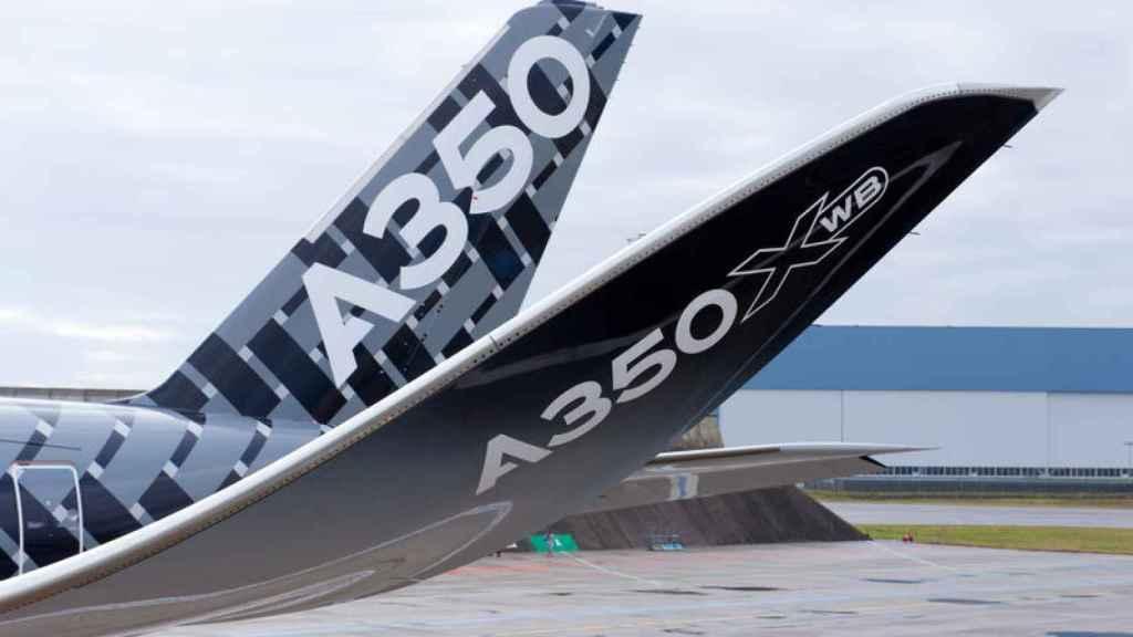 Un modelo A350 de Airbus.