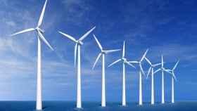 Molinos de viento para generar energía eólica.