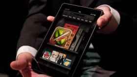 Kindle Fire: Con Android Market, con Root en un 1 click y en vídeo contra el iPad 2