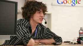 Google contrata a GeoHot, el hacker que desbloqueó el primer iPhone y la PS3