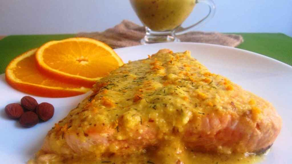 IMG_5600 Salmón a la naranja con almendras