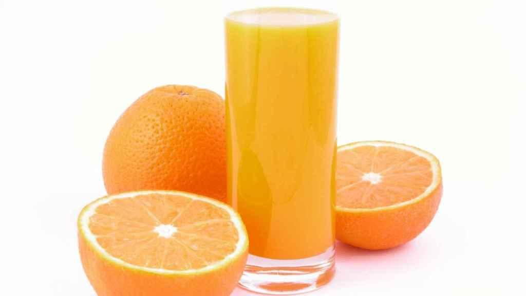 Naranja y zumo