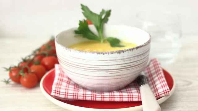 Sopa de huevo rápida