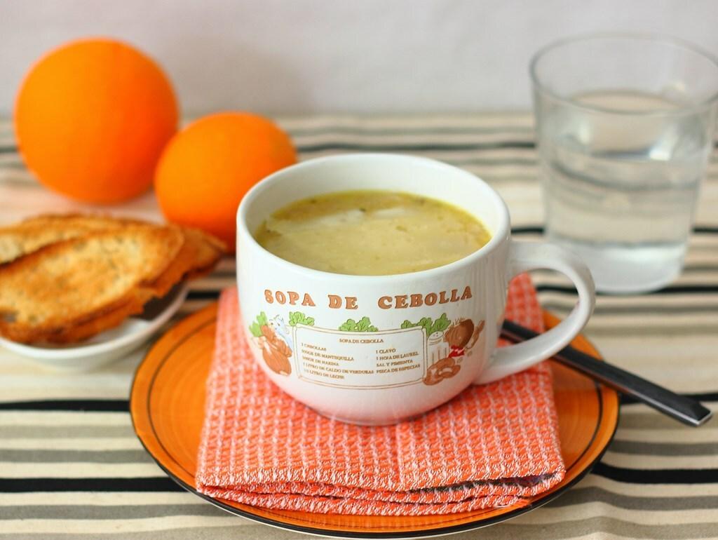 Sopa de cebolla ligera