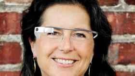 Google Glass nombra su primera directora: Ivy Ross, experta en marketing y diseño