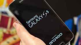 Samsung hace las paces con Google y el Galaxy S5 ahora muestra claramente que funciona con Android