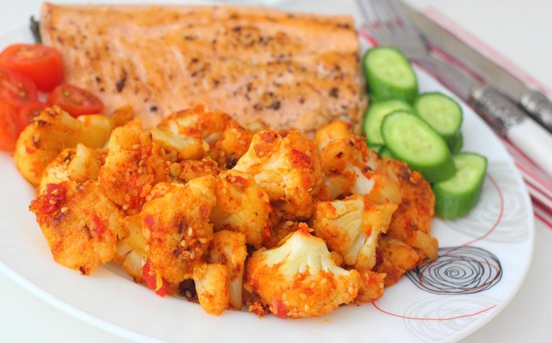 Coliflor con queso y pimientos