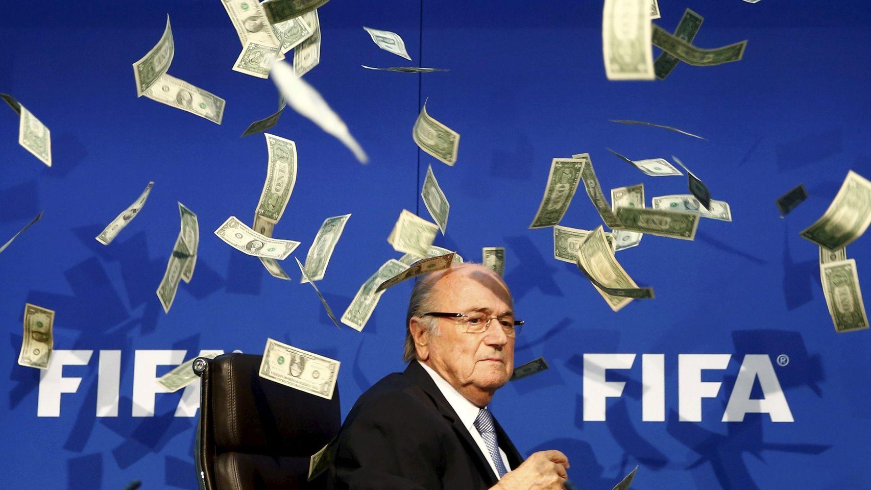 Joseph-Blatter-rueda-prensa_66753410_52903_1706x960