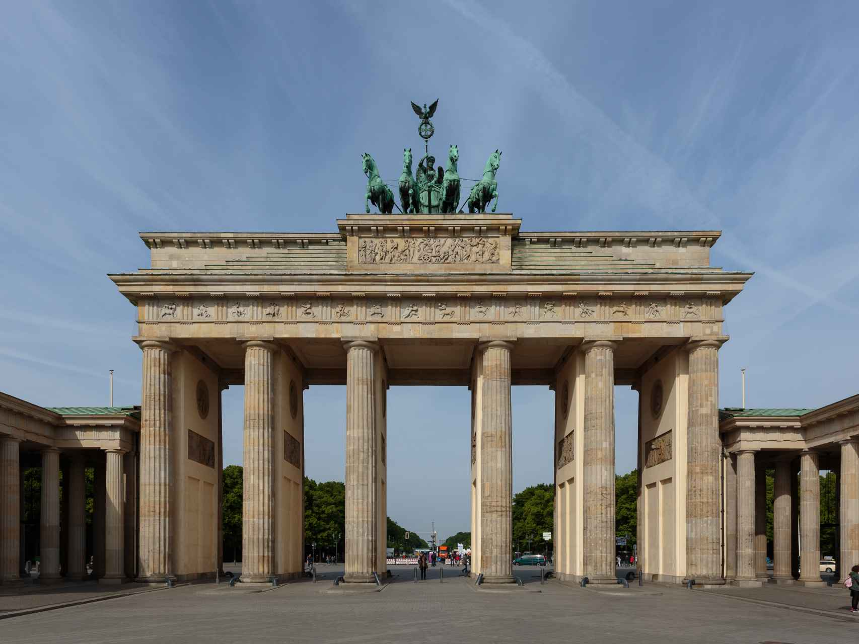Puerta de Brandenburgo, símbolo de la división y reunificación alemana