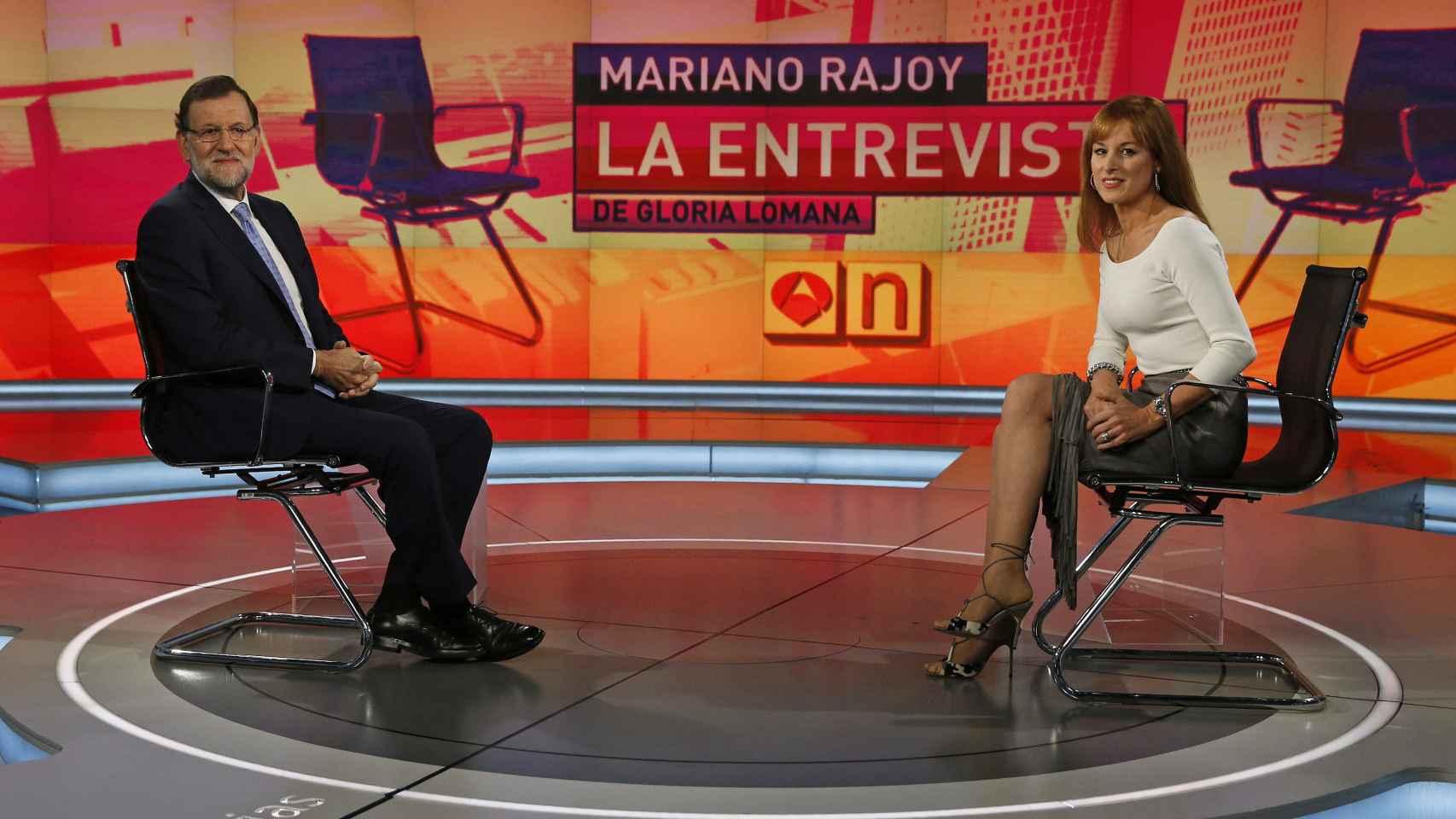 Rajoy, al inicio de la entrevista en Antena 3