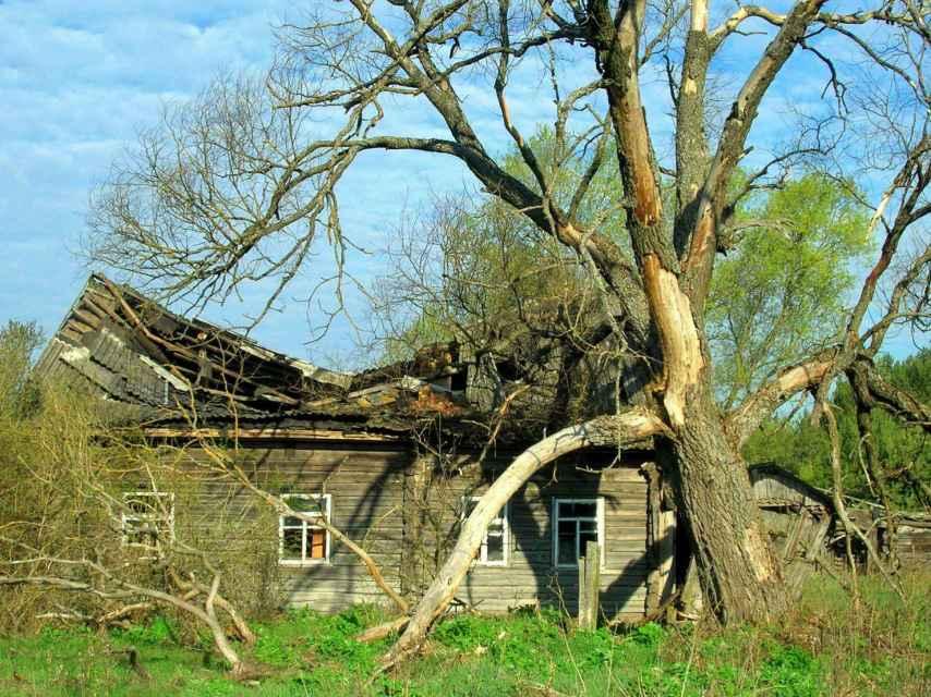 Casa abandonada en la zona de exclusión de Chernóbil.