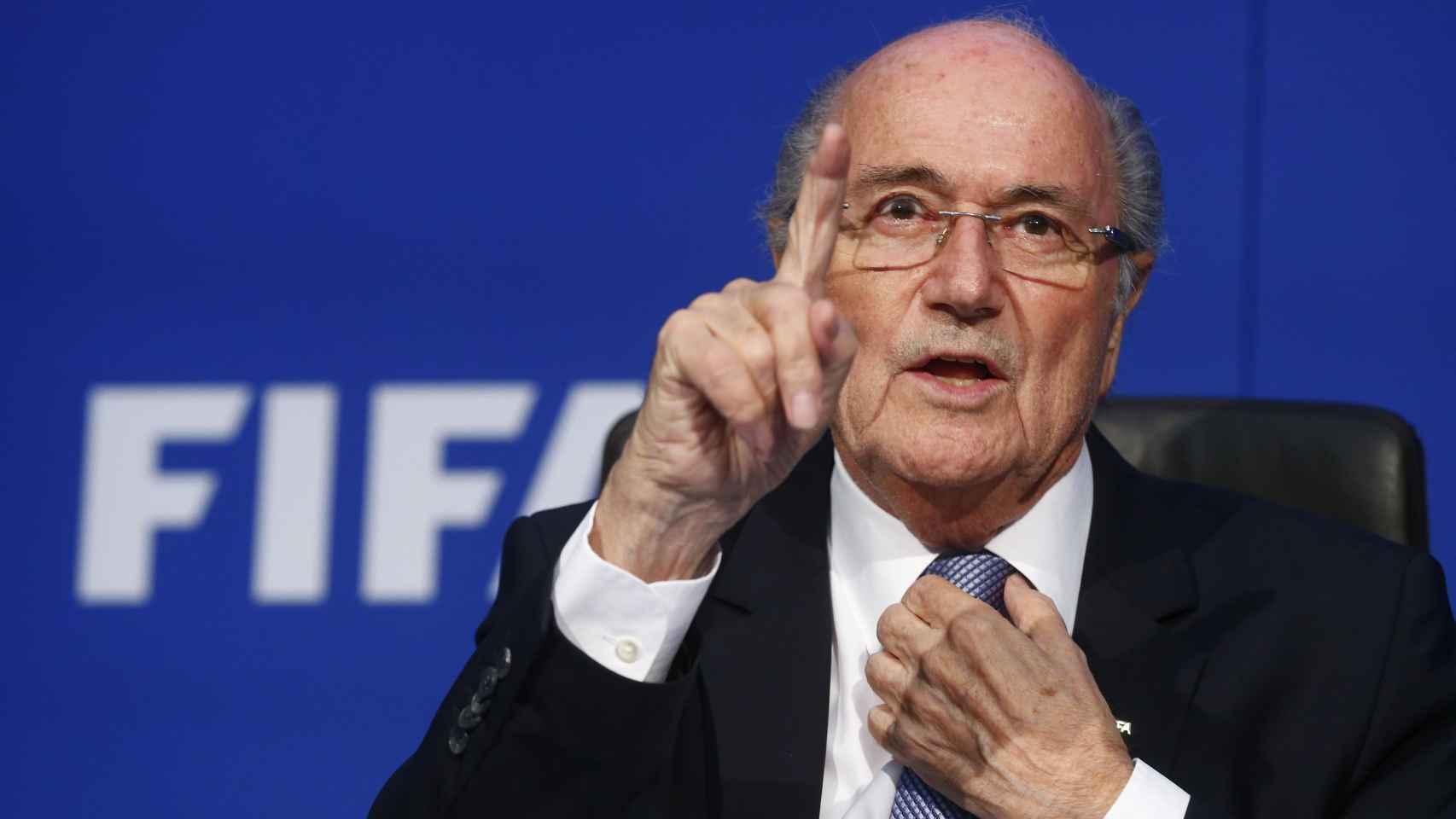El suizo se aferra a su cargo. / Reuters