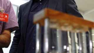 El candidato de IU compareció este miércoles, a diferencia de Iglesias. /