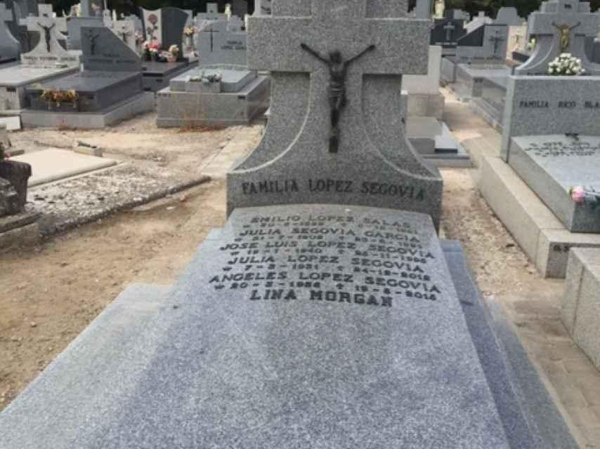 La tumba de Lina Morgan.