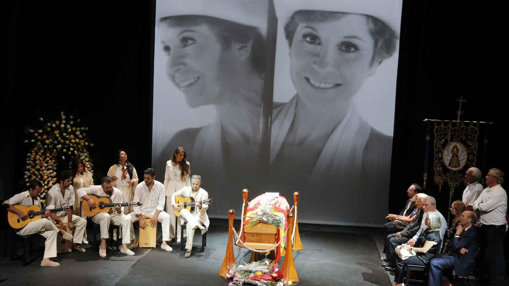 Velatorio de Lina Morgan en el Teatro La Latina de Madrid.