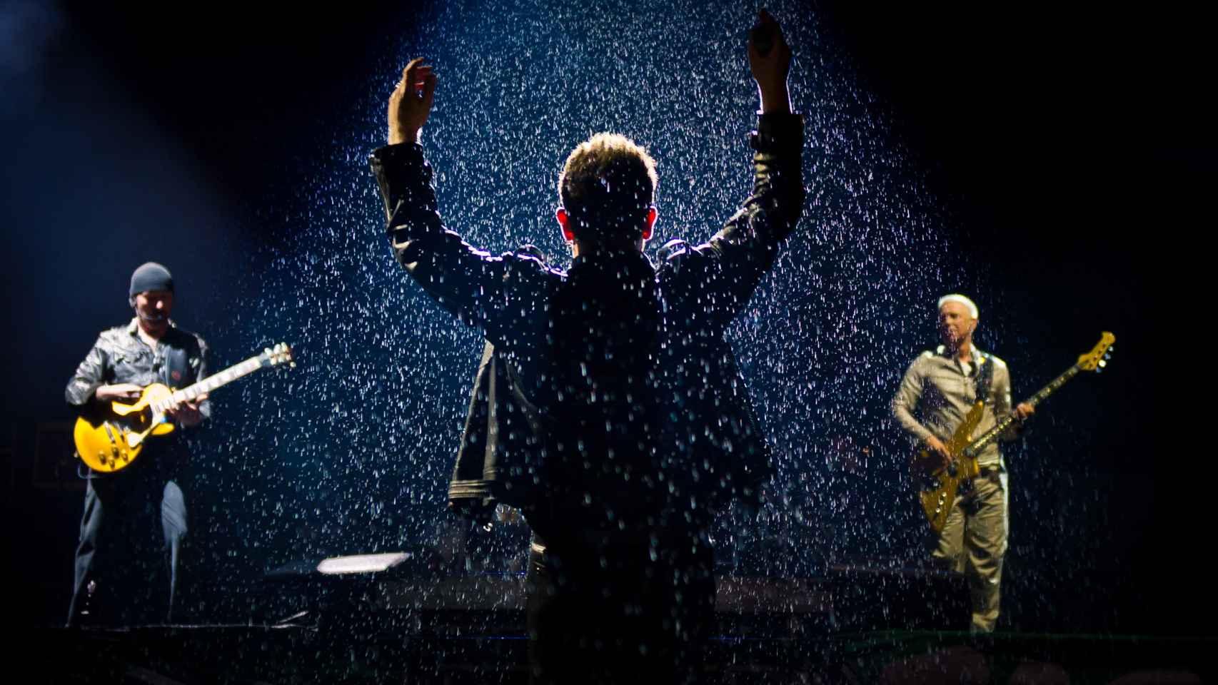 U2, en el Festival de Glanstonbury en 2011