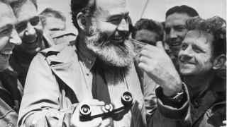 Hemingway, de camino a Normandía en 1944