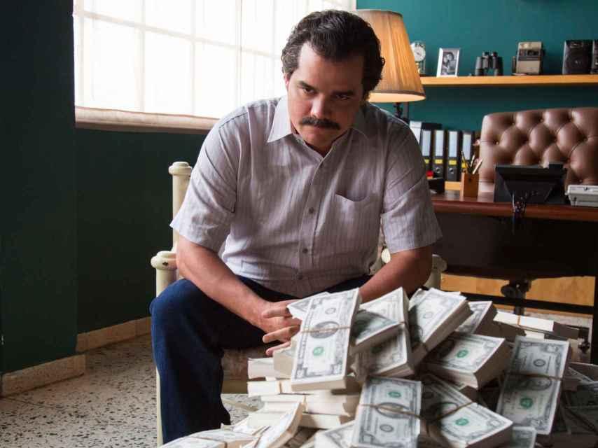 Una escena de la serie 'Narcos', con Pablo Escobar como personaje.