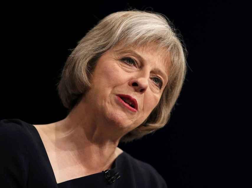 Theresa May se ha resistido a garantizar que los comunitarios se puedan quedar permanentemente.