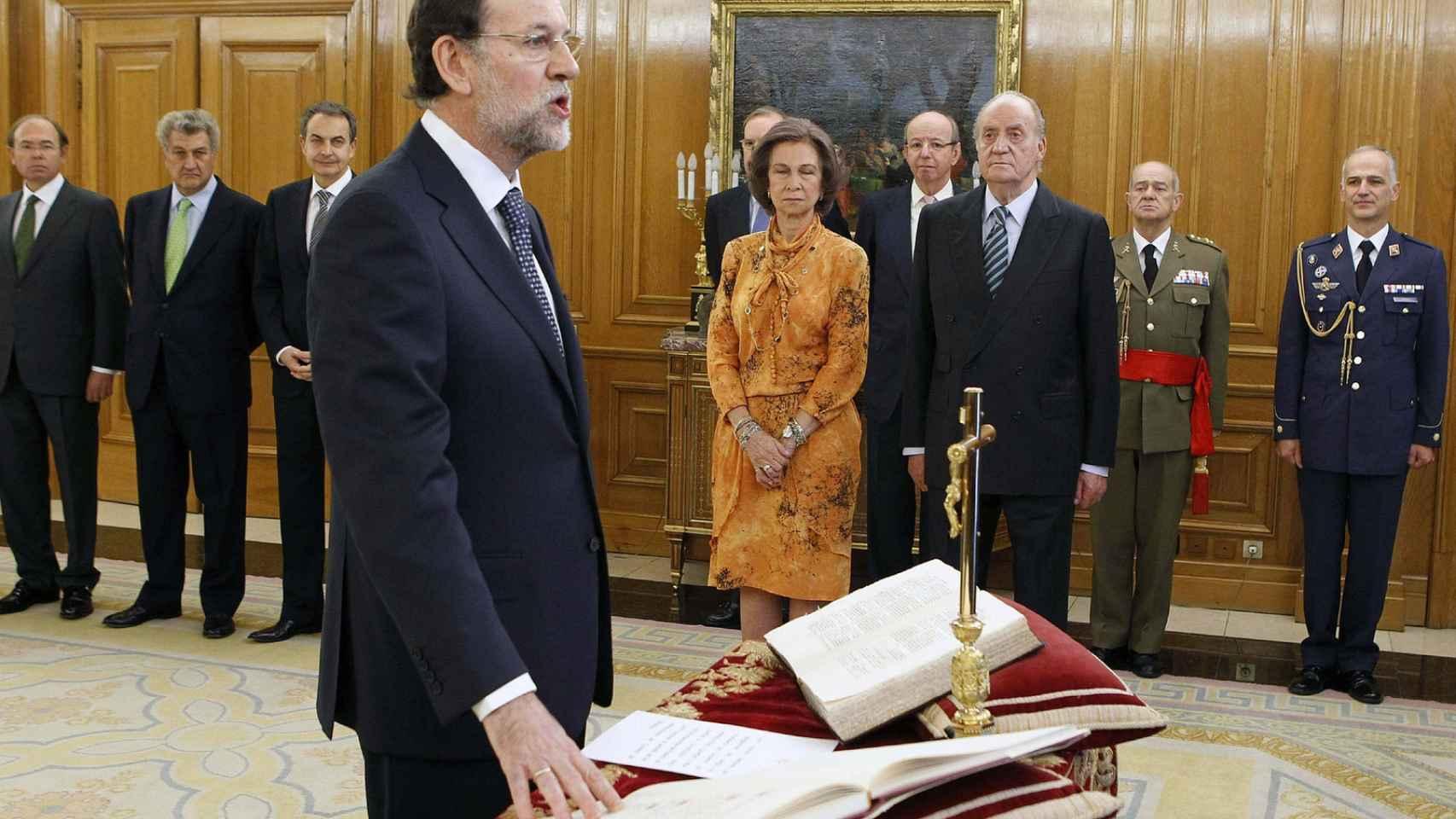 Las juras o promesas de cargos públicos, sin crucifijos si gobierna el PSOE.