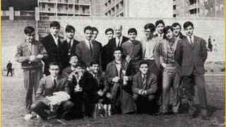 Rubalcaba (segundo desde la derecha en la fila central) y Lissavetzky (detrás de él) en El Pilar.