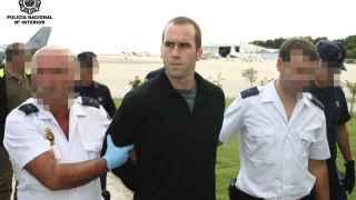 Garikoitz Aspiazu, 'Txeroki' escoltado por la Policía