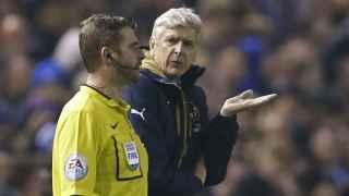 Wenger, en la derrota contra el Sheffield. / Reuters