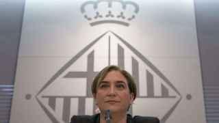 La alcaldesa de Barcelona, Ada Colau, durante una rueda de prensa