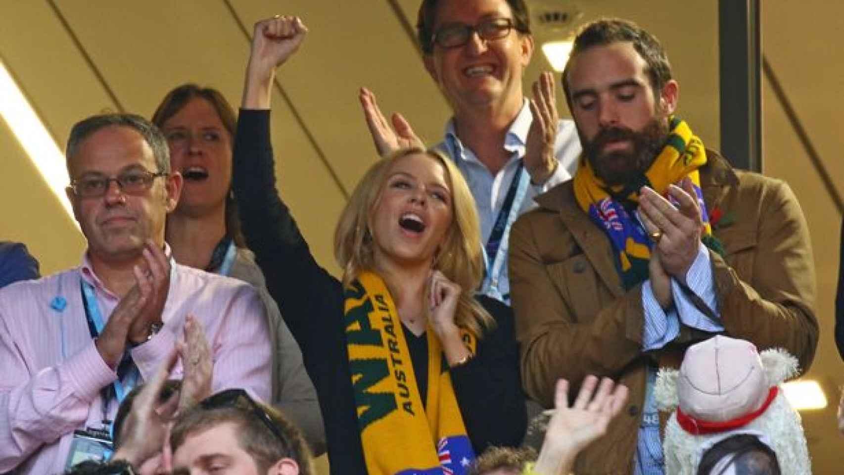 Kylie-Minogue animando a los Wallabies en la final del mundo de rugby