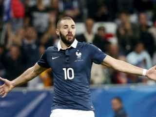 El jugador francés Karim Benzema durante un partido con su selección