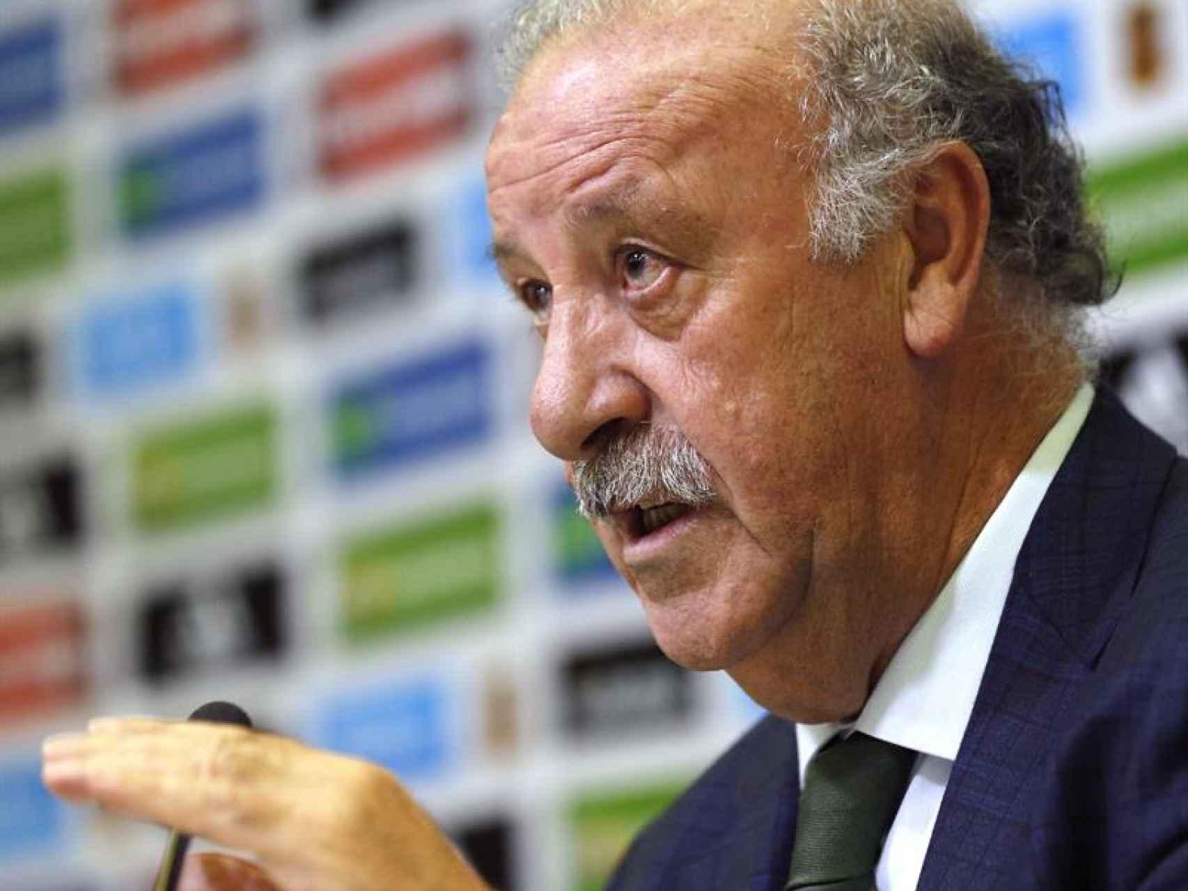 """Del Bosque pide que la selección """"espabile""""  en los próximos amistosos"""
