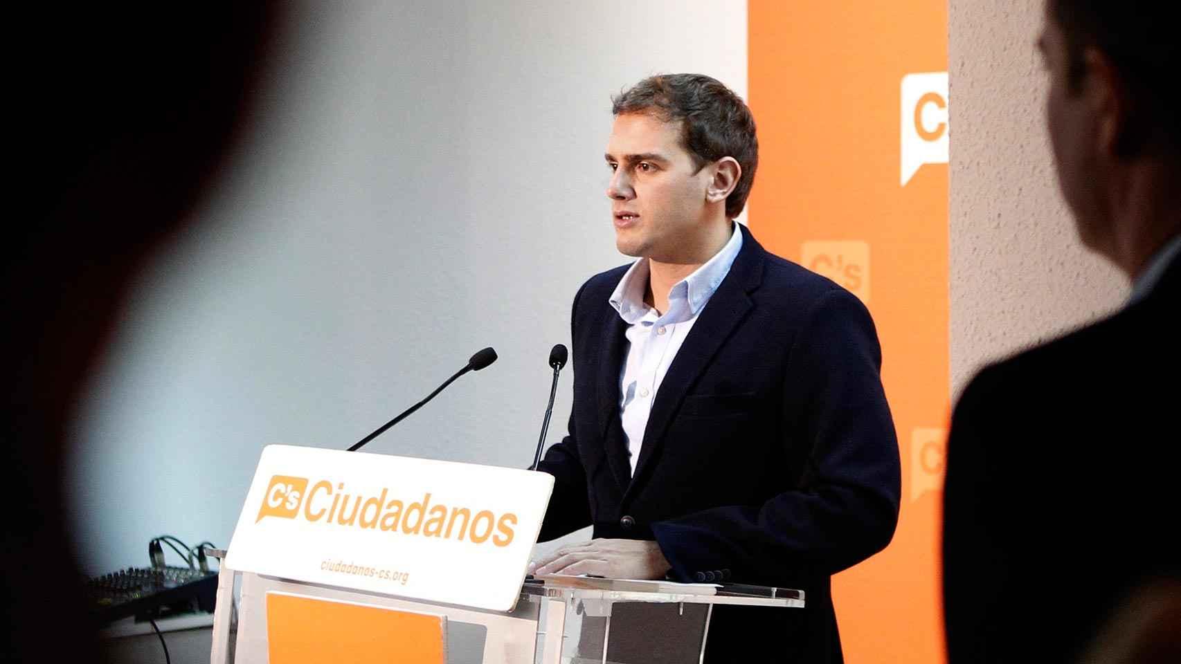 El secretario general de Ciudadanos, Albert Rivera, durante la rueda de prensa que ofreció en la sede del partido en Madrid.