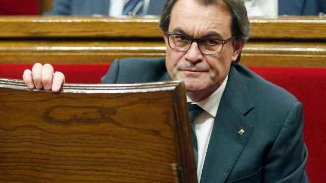 Artur Mas, durante la sesión en el Parlament.