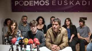 El secretario general de Podemos en Euskadi, Lander Martínez, tras la renuncia de Uriarte.