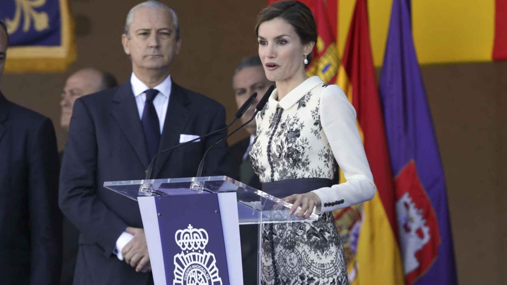 La Reina durante el discurso de la entrega de la bandera de España a la Policía Nacional