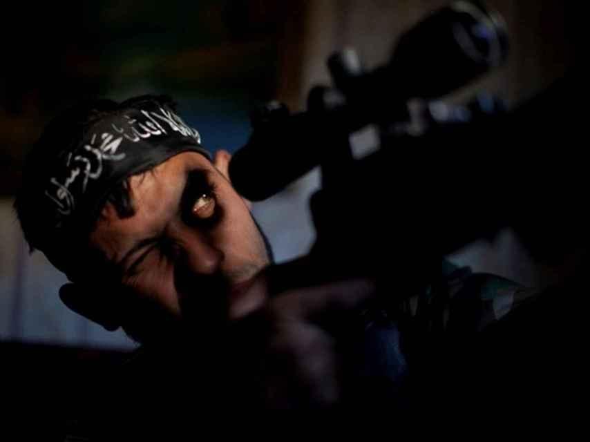 Un francotirador en Alepo.