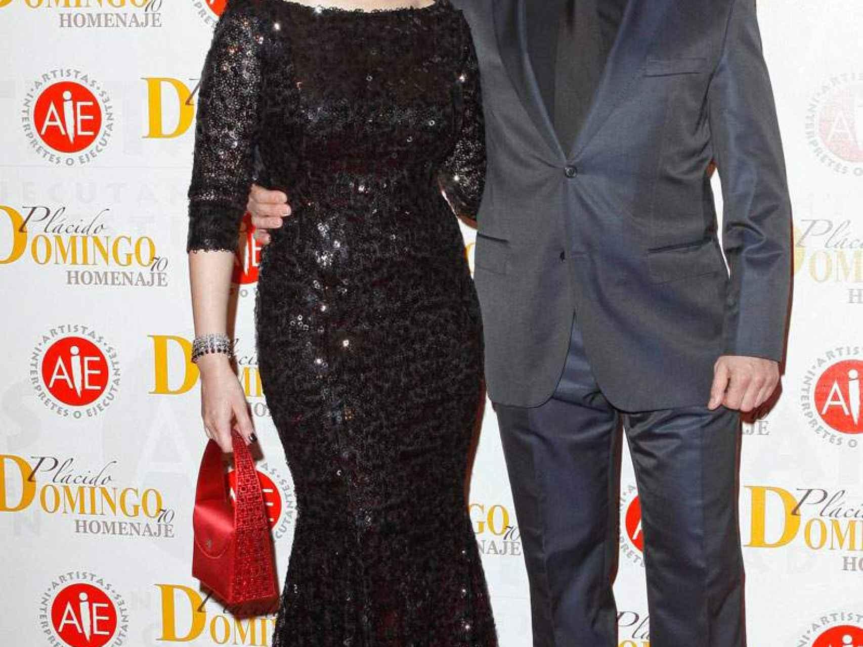 Mónica Naranjo y su  marido Óscar Tarruella