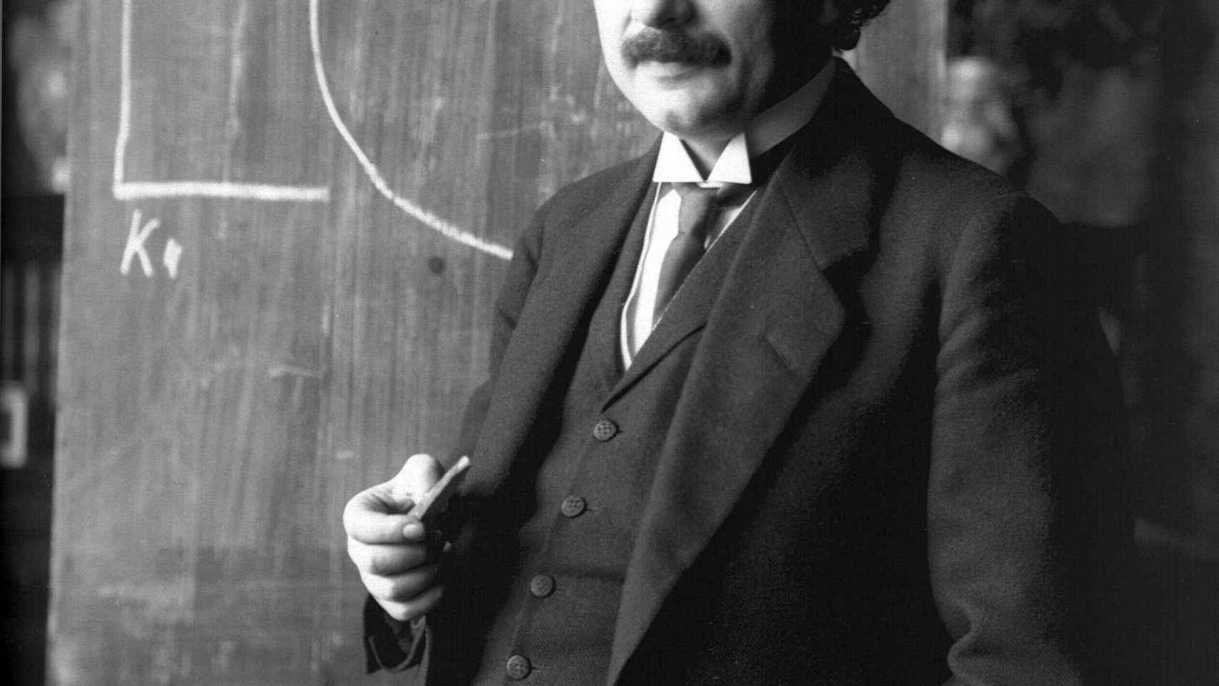 Un joven Einstein en 1921.