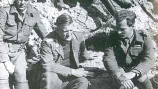 Moss, el general Kreipe y  Leigh Fermor, en el escondite de Xyluris, en abril de 1944