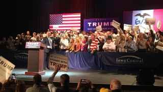 Una noche con Donald Trump en Iowa