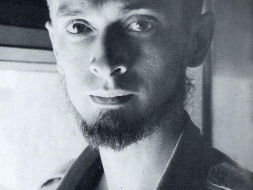 Carlos Barral, a principios de la década de 1950
