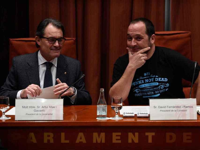Artur Mas y el diputado de la CUP, David Fernández / L. Gene / AFP / Getty