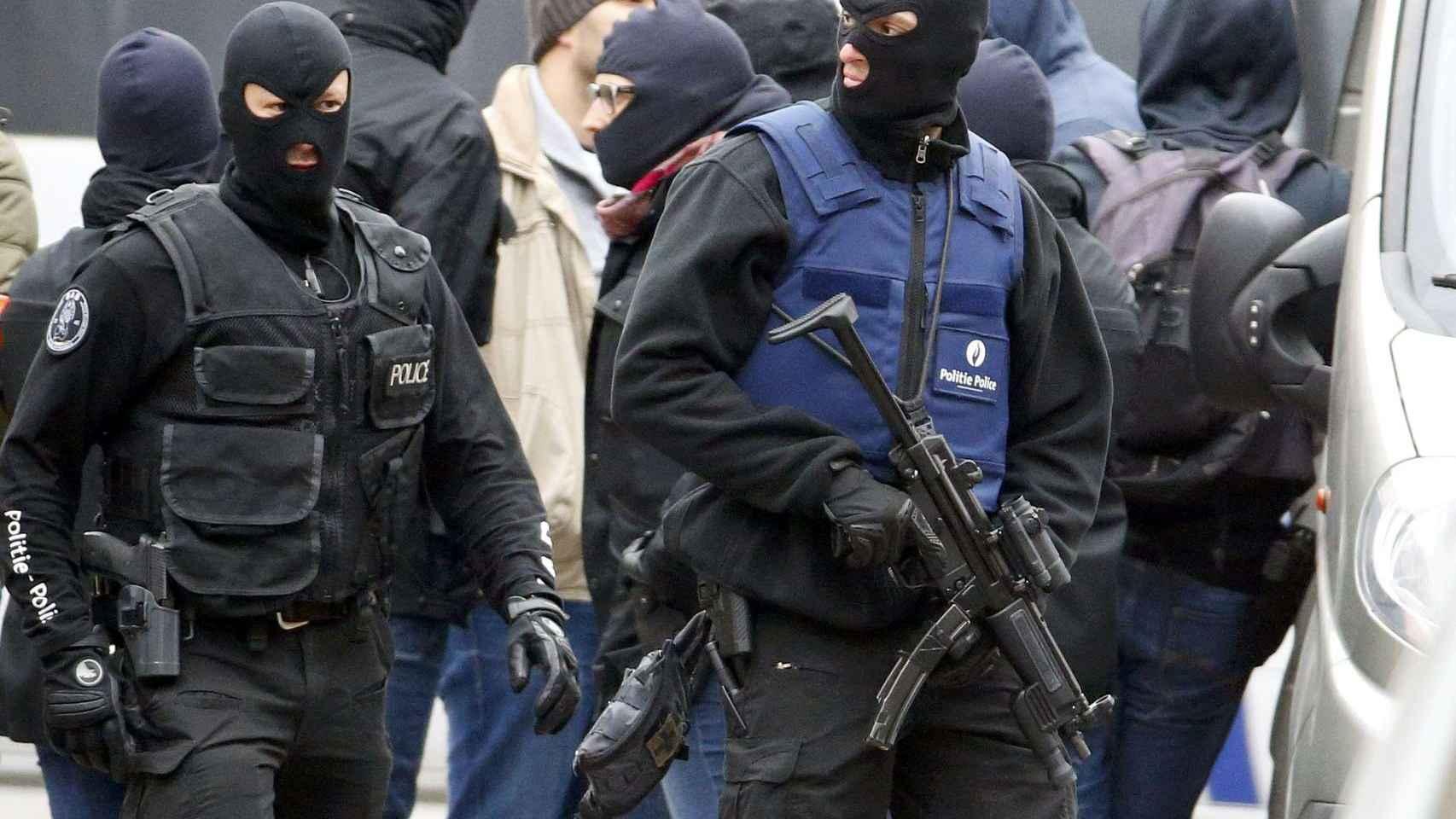 Agentes de la Policía belga