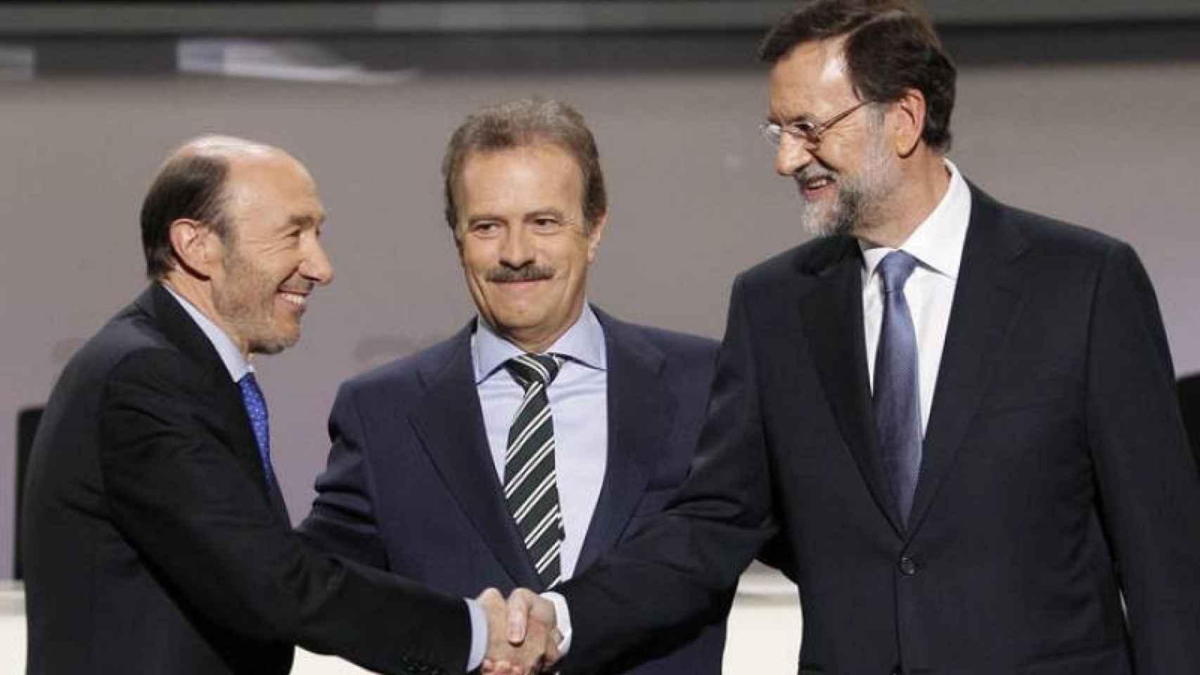 El último debate, con Rubalcaba y Rajoy y el moderador Campo Vidal.
