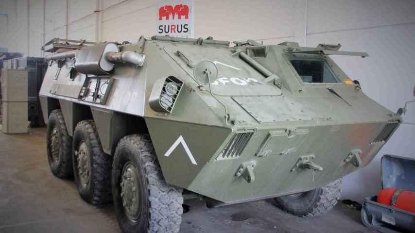 Uno de los blindados, procedente de la misión SFOR en Bosnia y Herzegovina.